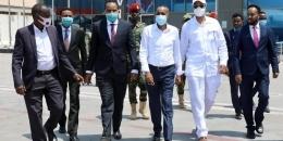 DEG DEG: RW Rooble oo u safray Kenya