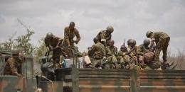 Ciidanka Kenya iyo Al-Shabaab oo ku dagaallamay J/hoose