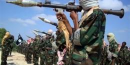 Al-shabaab oo iskaga baxay Degmada Xudur