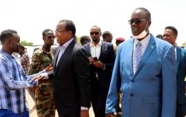 Wafdi u kuur-galaya degmo Al-Shabaab go'doomisay