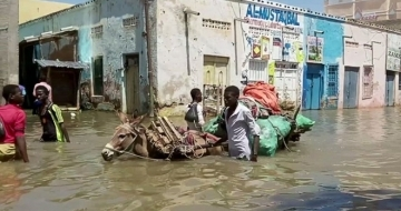 Some 37,000 people affected by flash floods in Somalia