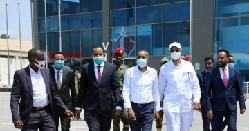 Somali PM jets off to Kenya for 3-day visit amid crisis at home