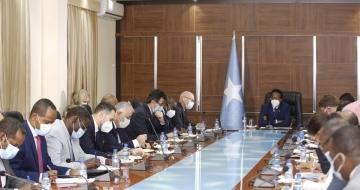 Foreign diplomats meet Farmajo amid pre-election tiff