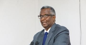 CC Warsame: Marna lagama yaabo in Farmaajo fursad siiyo Rooble