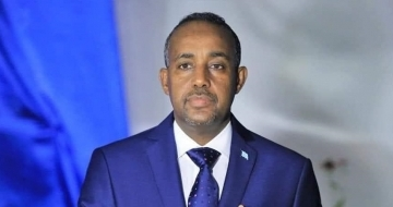 Somali PM seeks to fix ties with Kenya on maiden trip