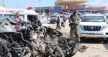 One dead, six hurt in simultaneous blasts in Somalia