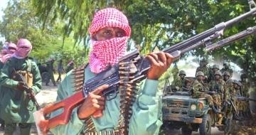 Kumuu ahaa hogaamiyihii Al-Shabaab looga dilay Saakow?