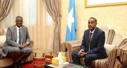 CC Shakuur oo galay Villa Somalia, lana kulmay RW Rooble