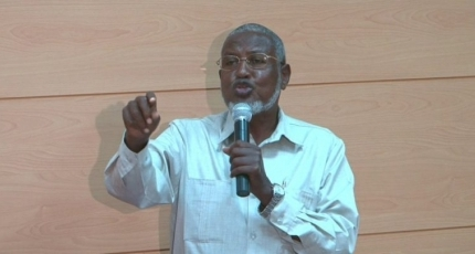 We will not lay down arms as Farmajo remains in power - Senator