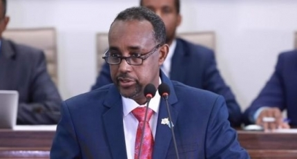 PM ignores Farmajo's decree, says executive power rests with cabinet