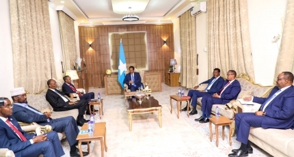 Election talks in Somalia on brink of collapse as war of words intensifies