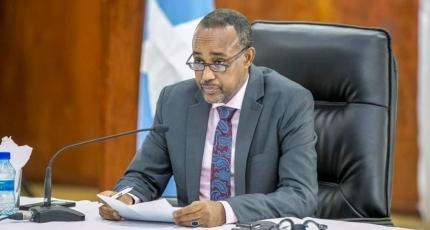Somali PM holds meeting with diplomats after election deal