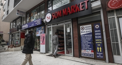 Somali shops bring color to Turkish capital
