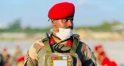 Top army commander killed in Somalia clashes