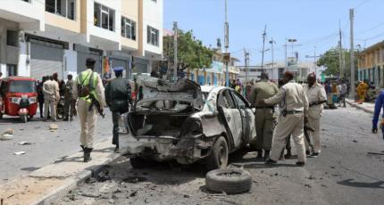 Car bomb kills 3 near a security checkpoint in Mogadishu