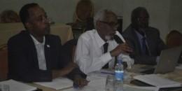 Prof. Jawaari oo Kampala ku soo xiray Shir u socday Baarlamaanka iyo Hay'ado