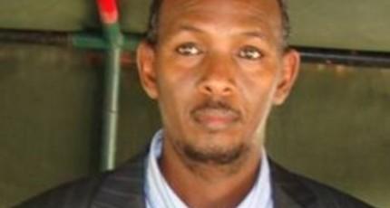 Somalia removes security chief, warns of al Shabaab retaliation